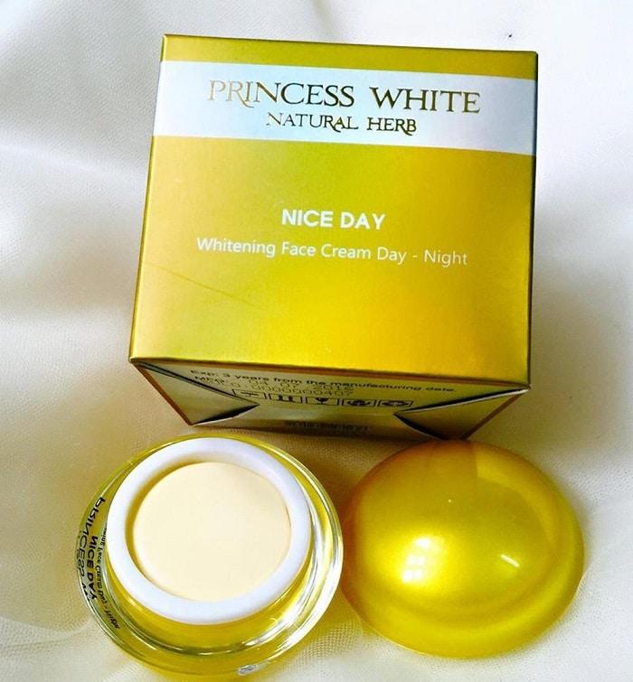 Kem Princess White không phải là kem trộn.