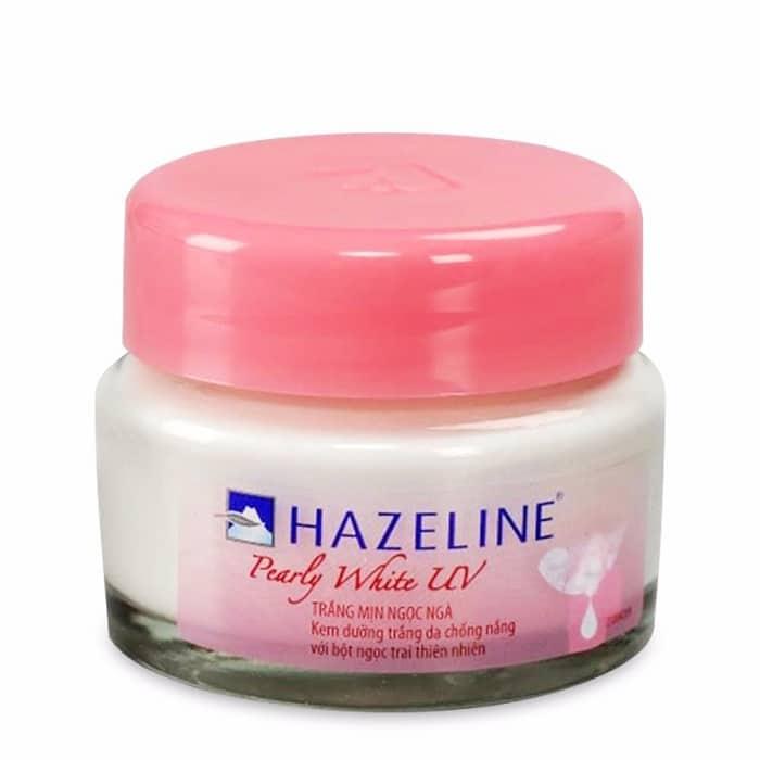 Dù là sử dụng bất kỳ sản phẩm dưỡng da nào cũng đều phải vệ sinh da mặt cho thật sạch