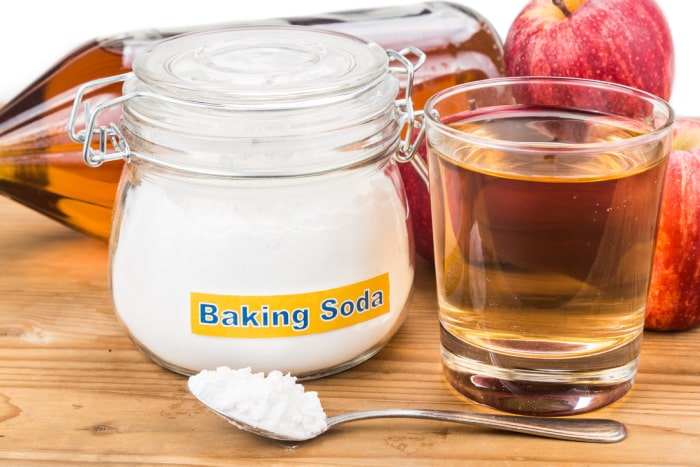 cách trị sạch gàu băng baking soda