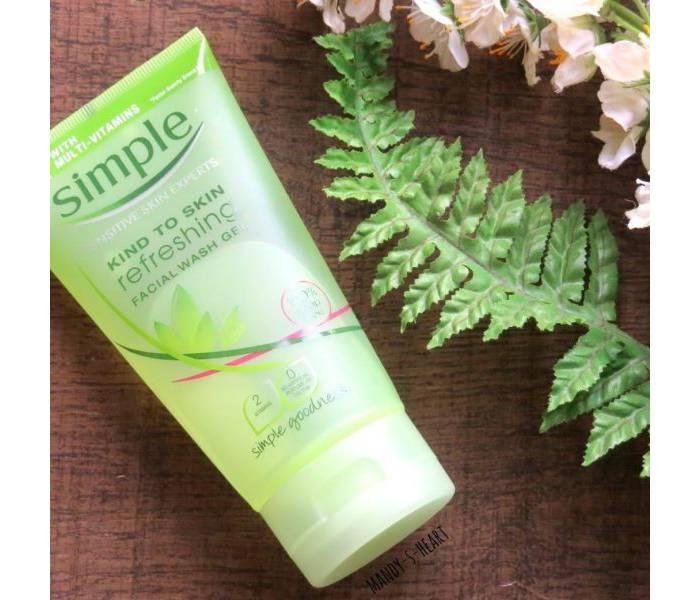 sữa rửa mặt simple micellar facial gel wash