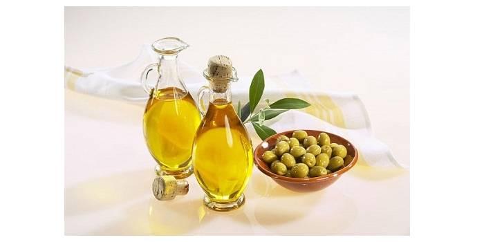 cách làm hồng nhũ hoa bằng dầu oliu